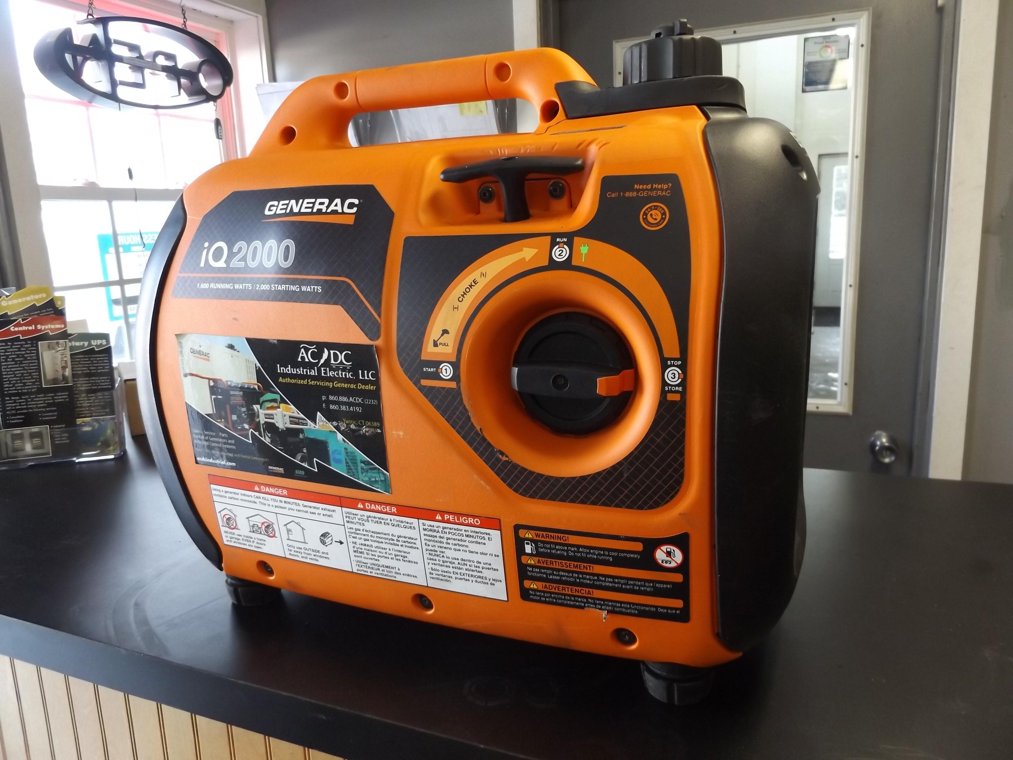 iQ2000 Portable Inverter Generator
